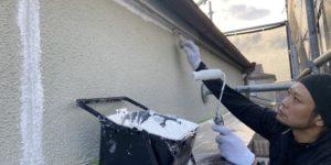 茨木・高槻の外壁塗装YJリフォーム外壁刷毛塗り(高槻市津之江町)
