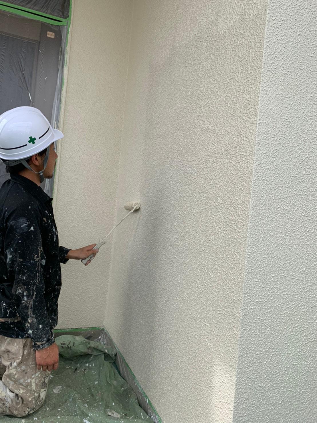 外壁塗装上塗り@高槻市安岡寺町