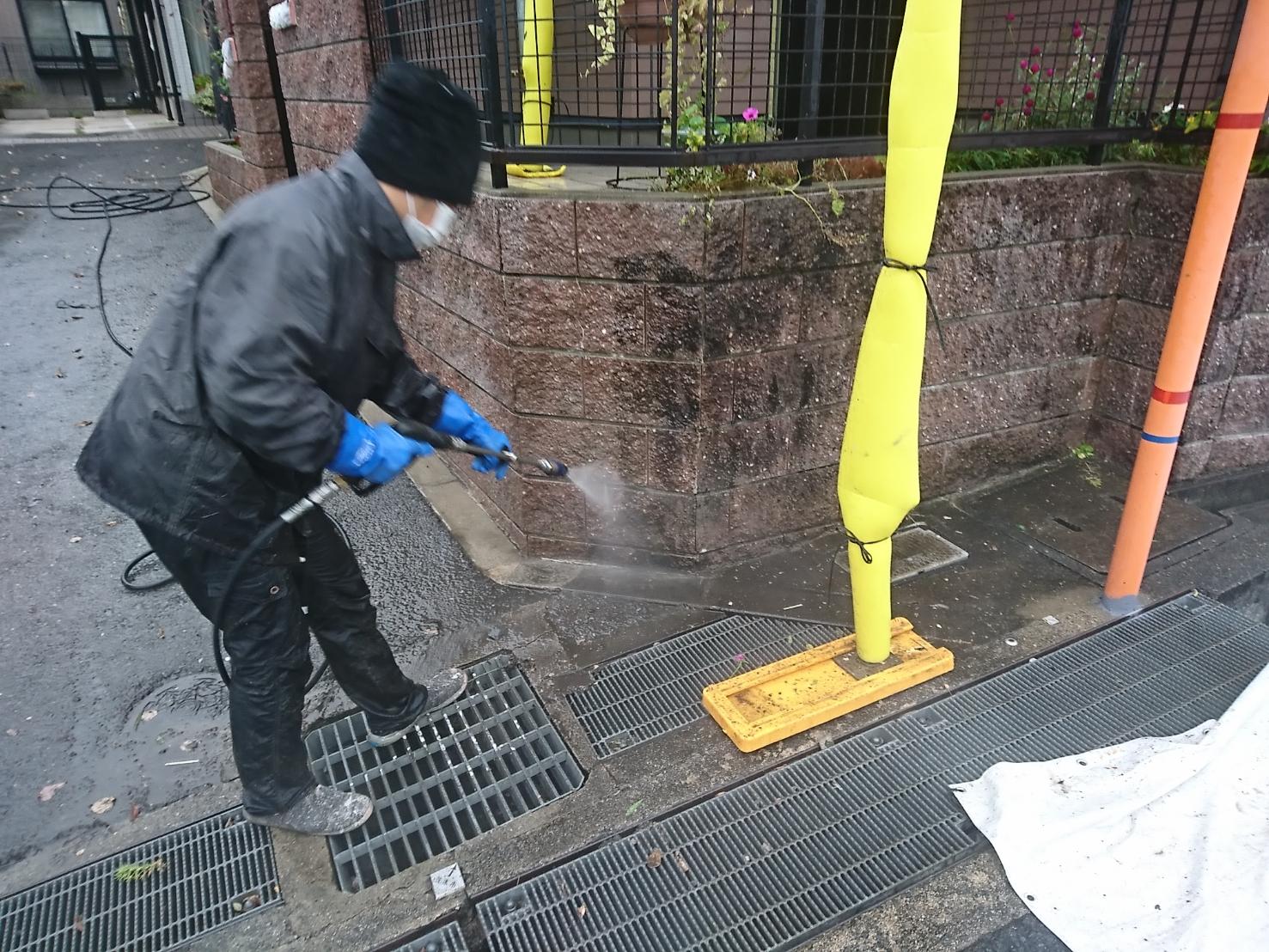 茨木・高槻の外壁屋根塗装防水YJリフォーム塀の高圧洗浄@茨木市南春日丘