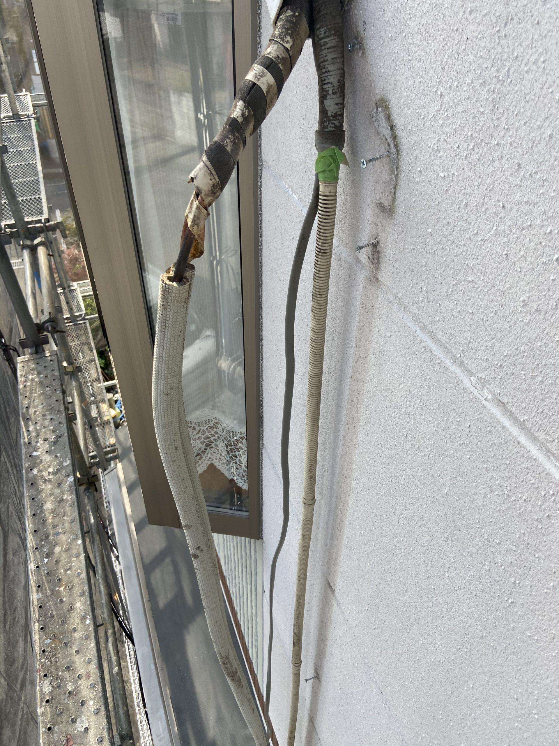 茨木・高槻の外壁屋根塗装防水YJリフォームエアコン配管カバー脱着@茨木市上泉町