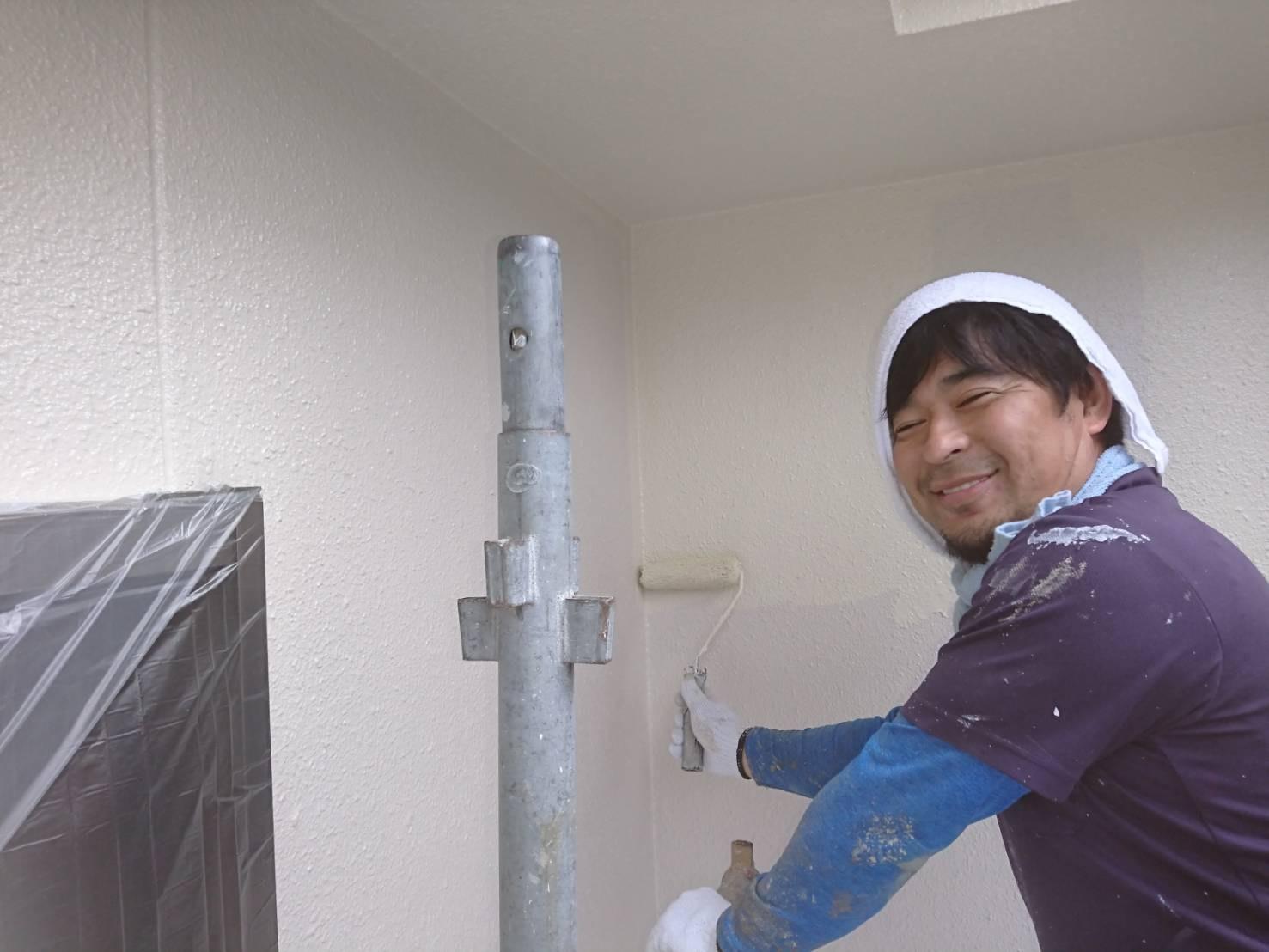 茨木・高槻の外壁塗装YJリフォーム外壁塗装上塗り@茨木市上泉町