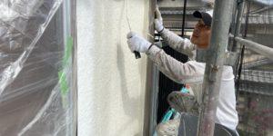 茨木・高槻の外壁塗装YJリフォーム外壁塗装中塗り@吹田市山田